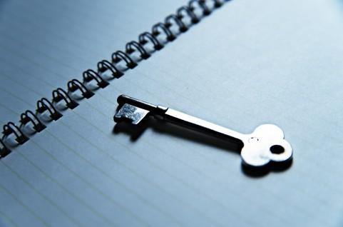 鍵とノート